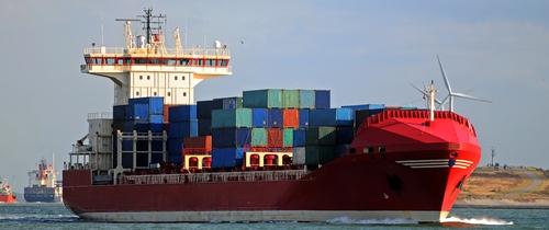 Shutterstock 37885735schiffsfonds2 in Fondsabsatz: Big Ships machen das Rennen