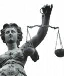 Justizia-127x150 in BGH fällt Urteil im Gummibärchenstreit