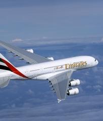 Emirates1 in  Punktlandung von Dorics Großraumflieger A 380-800