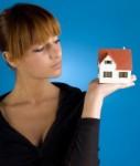 Immobilie und Single-Frau