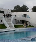 Gebäude mit Pool