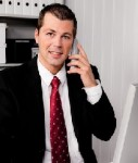 Telefonieren-127x150 in Kunden auch außerhalb der Bürozeiten aktiv ansprechen