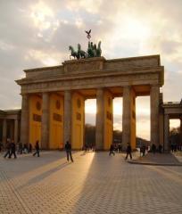 in Sanus baut neue Wohnungen in Berlin-Mitte