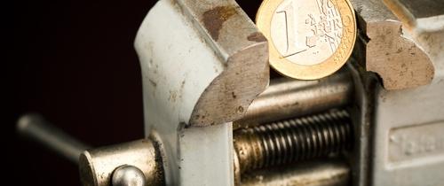 Euro-krise in Umfrage: Cash.-Online-Leser sehen den Euro auf Bewährung