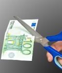 Schere-geld-shutt 42884563-127x150 in Altersvorsorge: Kündigungen steigen rapide