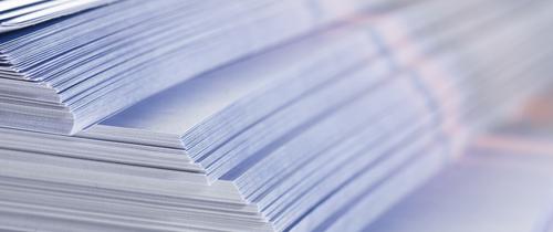 Papier-Stapel-Produkinfoblatt in Verbraucherschutz: Zankapfel Beipackzettel