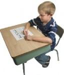 Schule-Bank-Kind-127x150 in Bitma schickt Makler in die Schule