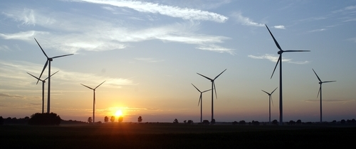 Windkraft-windenergie-windr Der in Lloyd Fonds baut Energie als drittes Standbein auf