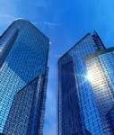 Buerotuerme-shutt 466069152-127x150 in Gewerbeimmobilien: Nachfrage der Investoren lässt Renditen sinken