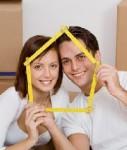 Haus-junges-paar-shutt 19898767-127x150 in Immobilienmakler stehen auf junge Paare