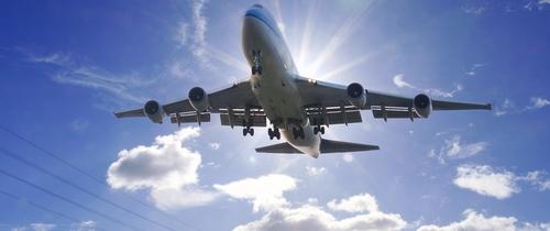 Flugzeug-start in Flugzeugfonds setzen zu neuen Höhenflügen an