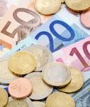 Euros-127x150 in Umfrage: Jeder dritte Deutsche fürchtet Altersarmut wegen Euro-Krise
