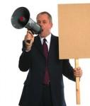 Lautsprecher-Forderung-127x150 in Provisionsdeckel: Vermittlerlobby protestiert