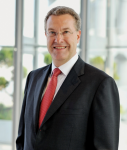 Apenbrink-Rudolf-Dr-HSBC-online-127x150 in HSBC: Apenbrink will Emea-Vertrieb pushen