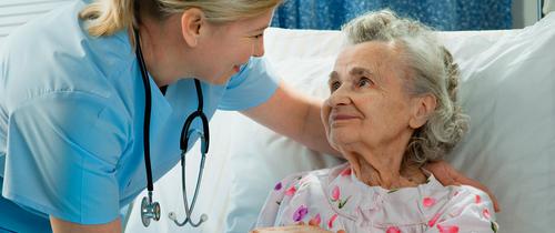 Pflege-topteaser in Umfrage: Schwerer Stand für private Pflegezusatzpolicen