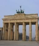 Brandenburger-tor-shutt 2328519-127x150 in Bestandsobjekte: Berliner Wohnimmobilienmarkt liegt bei Investoren vorn