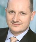 Cordery-Adam-Schroders-online1-127x150 in Schroders lanciert Corporate-Bond-Fonds