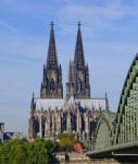 Koeln-dom-shutt 62550973-127x150 in Kölns Schildergasse ist Deutschlands Top-Einkaufsadresse