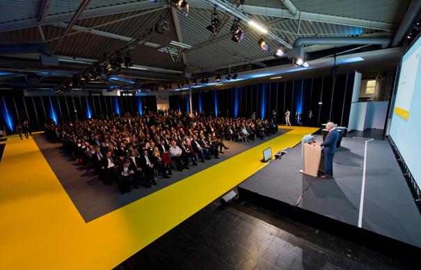 Halle Innen3 in DKM 2017: Perfekte Vorbereitung für das wichtigste Jahr der Investmentbranche