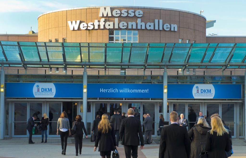 Westfalenhalen Aussen-1024x656 in DKM 2017: Perfekte Vorbereitung für das wichtigste Jahr der Investmentbranche