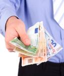 Geld-Zahlung-127x150 in LV 1871 will Vorsorge bei Berufsunfähigkeit sichern