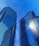 Buerotuerme-shutt 46606915-127x150 in JLL: Gewerbeimmobilienmarkt bleibt 2012 voraussichtlich stabil