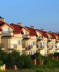 Hauser-reihe-shutt16362724-123x150 in Immobilienunternehmen: Zwei Drittel bewerten Geschäftslage positiv