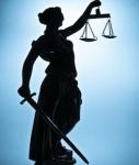 Justizia-127x150 in Keine Ruhe bei ASG Finanz