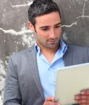 Gutverdienende-Internet-Studie-127x150 in Soziale Netzwerke bei Gutverdienenden beliebt