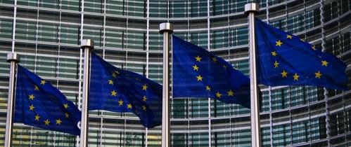 Europaeische-Kommission in EU-Richtlinie IMD 2: Revolution in der Versicherungsvermittlung?