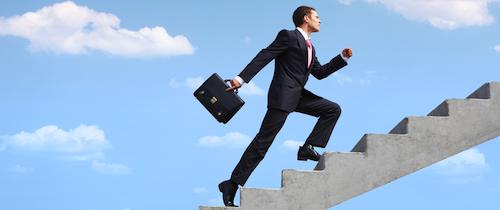 Finanzvertriebe: Weniger Berater, mehr Provisionen