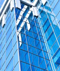 Gewerbeimmobilien in Investmenttätigkeit auf europäischen Gewerbeimmobilienmärkten zieht an
