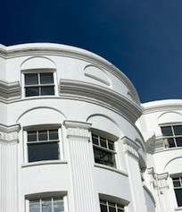 Haus-penthouse-wohnung-shutt 41006674 in Konsumausgaben: Wohnkostenanteil steigt stetig