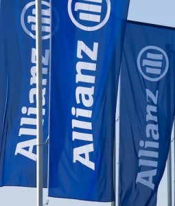 Allianz Flaggen-255x300 in Arun Ratra wechselt zu Allianz Global Investors