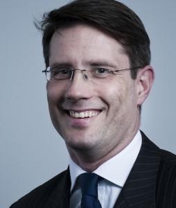 Florian-Esterer-254x300 in Behavioural Finance: Der Fluch von Blackberry & Co.