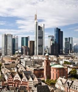 Skyline Frankfurt1-255x300 in Ernst & Young-Studie: Immobilienmarkt Deutschland bleibt in 2013 stark