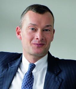 Axel-stiehler-3-3-255x300 in Aquila schließt Fonds Solar Invest VII