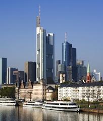 Frankfurt-shutt 19623829 in GIF/CRES-Prognose: Sonnige Aussichten für deutsche Büromärkte