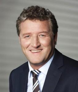 Josef ZellnerDAB-254x300 in DAB Bank baut B2B-Geschäft aus