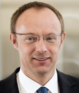 Alex-gadeberg-253x300 in Fondsbörse: Handelsumsatz gestiegen