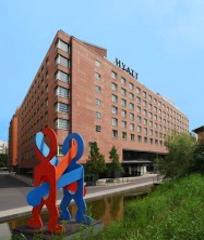 Grand-Hyatt-Berlin-SEB-Immoinvest in Offener Immobilienfonds SEB Immoinvest verkauft Berlin-Objekte