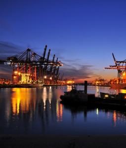 Hamburger-Hafen-255x300 in IVG Garbe Logistik Fonds kauft zwei Initialobjekte