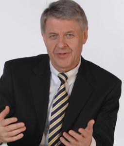 Rolf-Peter-Hoenen-255x300 in Assekurata: Hoenen ersetzt Müller im Rating-Komitee