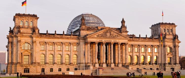 Reichstag-berlin in KAGB-Entwurf passiert Finanzausschuss