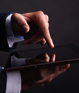 Fonds Finanz bietet elektronische Unterschrift in allen Versicherungssparten