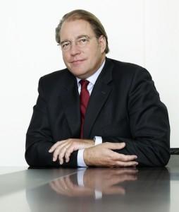 Tobias-Koenig-254x300 in König & Cie. meldet Vollinvestition des Infrastrukturfonds
