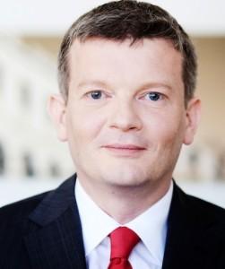 Juergen Singer EFonds-251x300 in Efonds zieht positive Halbjahresbilanz 2013