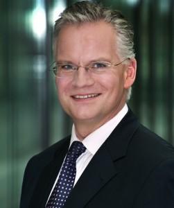Wolfgang Scha CC 88fers-251x300 in IVG: Restrukturierungsverhandlungen gescheitert