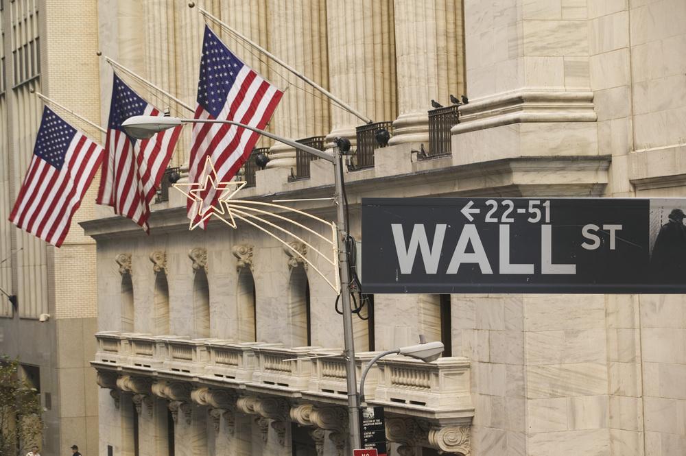 Wall-Street-shutterstock 503579 in US-Aktien weniger krisenanfällig als Titel anderer Regionen