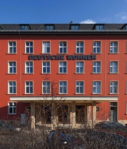 Deutsche-Wohnen-256x300 in Grünes Licht für Übernahme der GSW Immobilien AG